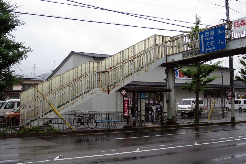 20150707_3 丸太町通新宮歩道橋(2015_0707_144749)