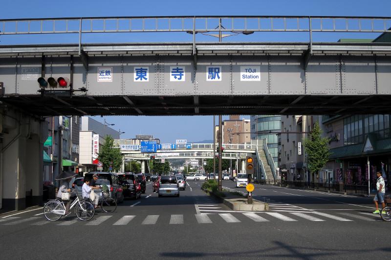 20150809 九条油小路の弘道横断歩道橋(2015_0809_160040)
