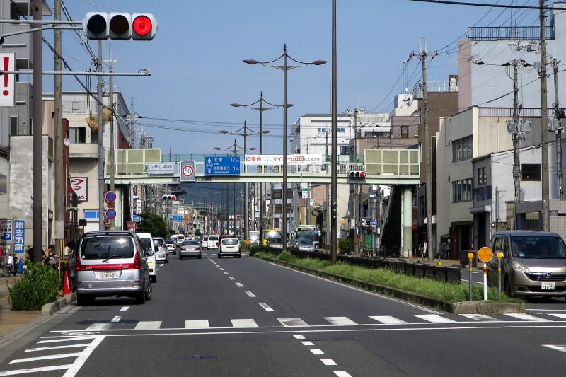 20150810_1 国道1号線・九条七本松、唐橋横断歩道橋(2015_0810_150559)
