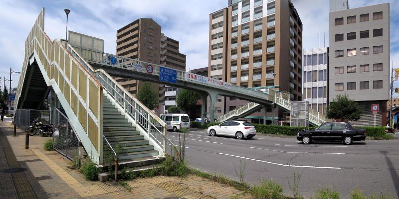 20150905 五条通、有隣横断歩道橋(2015_0905_120356_stitch)