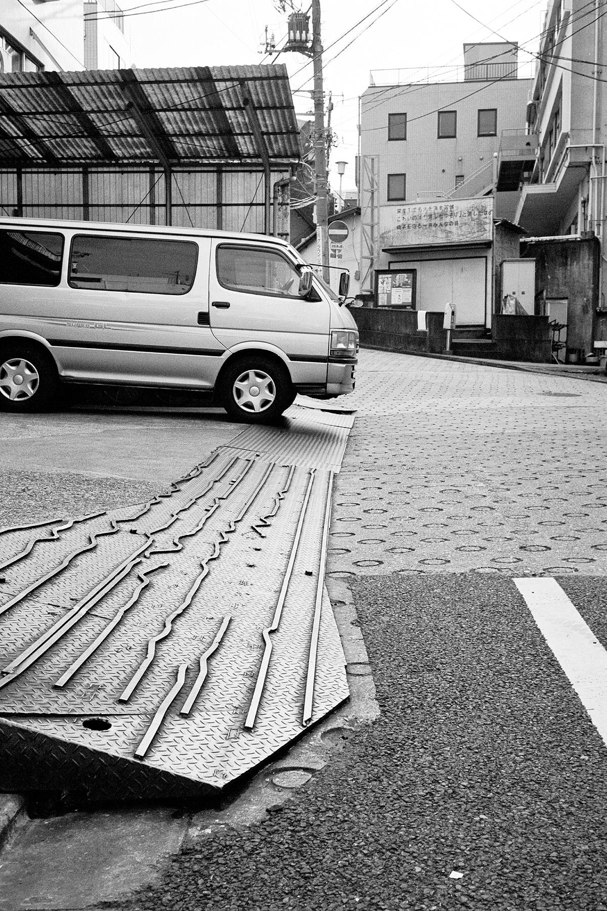 070 赤城坂 新宿区築地町20 20031231(03.54.33)