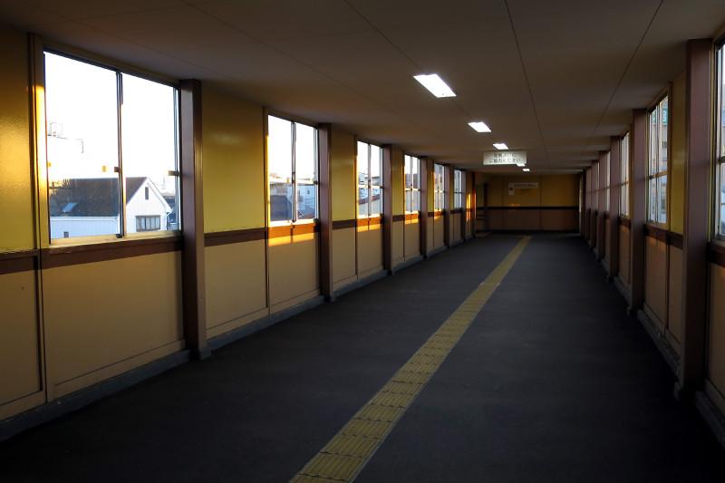 007_2 20151128 沼袋駅より富士山(2015_1128_160940)