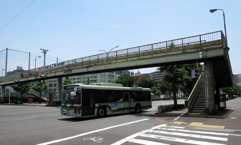 20150613_1 堀川通、堀川高校前歩道橋(2015_0613_115808)