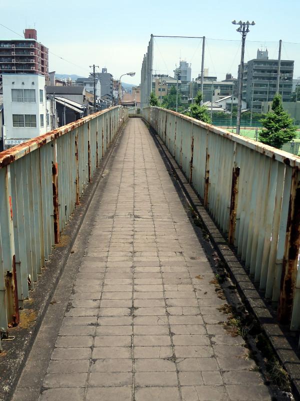 20150613_4 堀川通、堀川高校前歩道橋(2015_0613_120657)