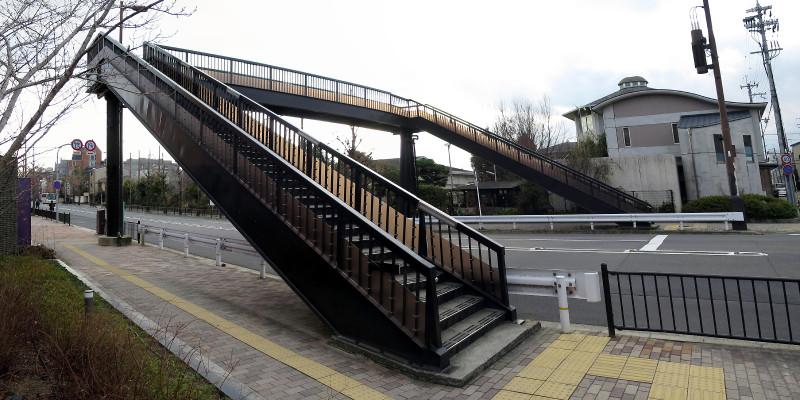 20160131_2 烏丸通、寺之内歩道橋(2016_0131_154217_stitch)