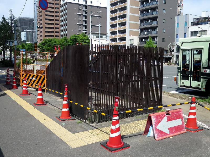 20160416_1 堀川高校前歩道橋の撤去(2016_0416_133920)