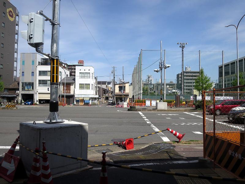 20160416_3 堀川高校前歩道橋の撤去(2016_0416_135547)