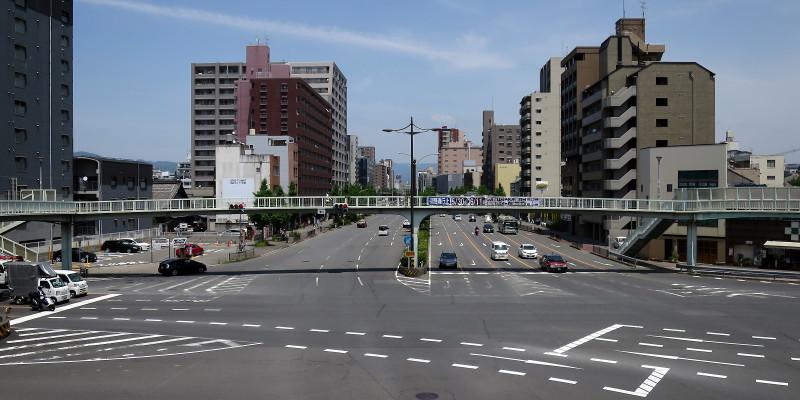 20160514_03 醒泉横断歩道橋(堀川五条)(2016_0514_112200)