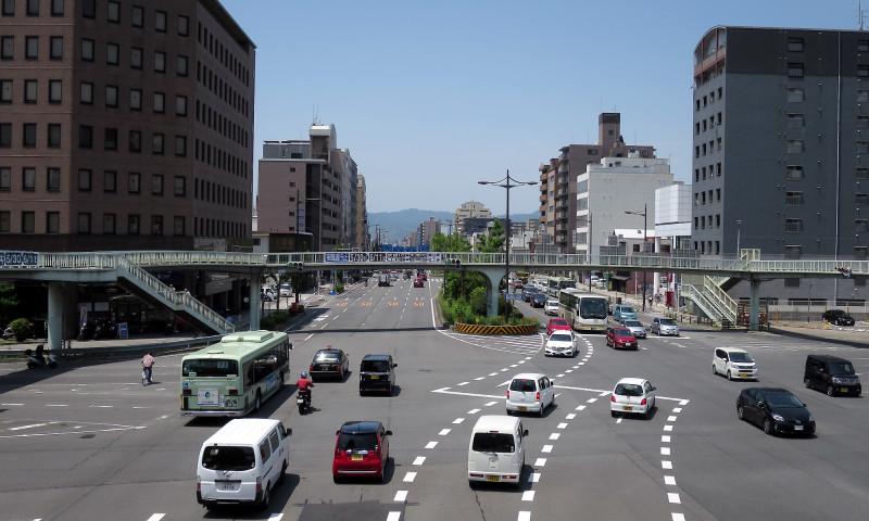 20160514_04 醒泉横断歩道橋(堀川五条)(2016_0514_112917)