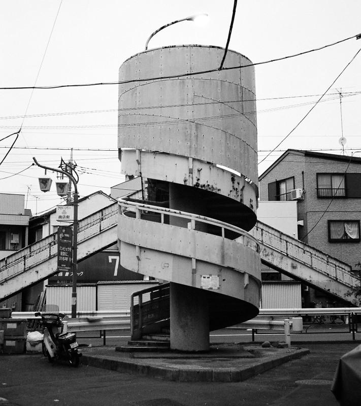 088 葛飾区堀切3の螺旋階段歩道橋 20080128(08.05.36)