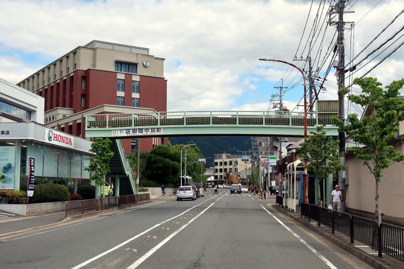 20170527_14 山科横断歩道橋(三条通)(2017_0527_141136)