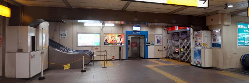 098_1 土休日の阿佐ケ谷駅(2017_0813_084412_stitch)